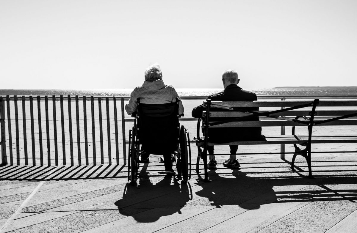 Understand Senior Citizen Assisted Living Before Committing